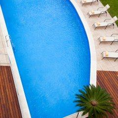 Отель Ibis Cornella бассейн фото 2