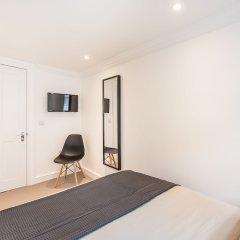 Отель Stay At Mine - Greek Street Лондон удобства в номере