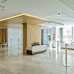Отель NH Collection Madrid Eurobuilding интерьер отеля