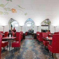 Отель Medinaceli интерьер отеля