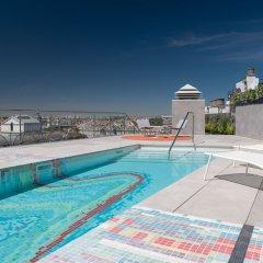 Отель Aloft Madrid Gran Via бассейн фото 2