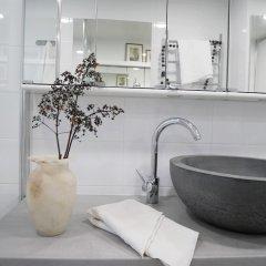 Отель Roost Hernesaarenkatu Финляндия, Хельсинки - отзывы, цены и фото номеров - забронировать отель Roost Hernesaarenkatu онлайн ванная фото 2