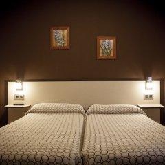 Отель Hostal Ametzaga?A Сан-Себастьян комната для гостей фото 3