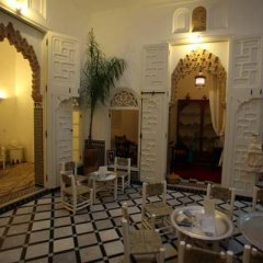 Отель Riad Senso Марокко, Рабат - отзывы, цены и фото номеров - забронировать отель Riad Senso онлайн интерьер отеля