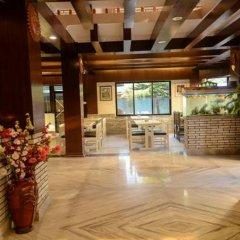 Отель Trekkers Inn Непал, Покхара - отзывы, цены и фото номеров - забронировать отель Trekkers Inn онлайн интерьер отеля фото 2