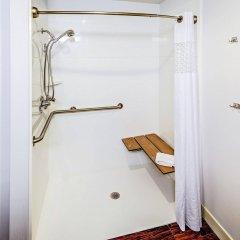 Отель Hampton Inn Columbus I-70E/Hamilton Road США, Колумбус - отзывы, цены и фото номеров - забронировать отель Hampton Inn Columbus I-70E/Hamilton Road онлайн ванная