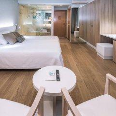 Monica Hotel комната для гостей