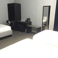 Отель Amra Barcelona Gran Via удобства в номере