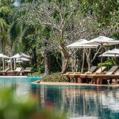 Отель Ravindra Beach Resort And Spa бассейн фото 4