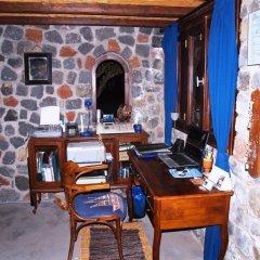Отель Ecoxenia Studios Греция, Остров Санторини - отзывы, цены и фото номеров - забронировать отель Ecoxenia Studios онлайн интерьер отеля фото 2