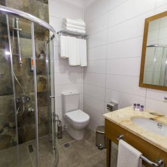 Business Palas Hotel Турция, Измит - отзывы, цены и фото номеров - забронировать отель Business Palas Hotel онлайн ванная