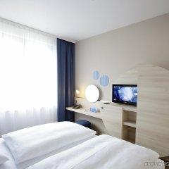 Отель H2 Hotel Berlin-Alexanderplatz Германия, Берлин - 5 отзывов об отеле, цены и фото номеров - забронировать отель H2 Hotel Berlin-Alexanderplatz онлайн комната для гостей фото 4