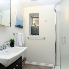 Отель 2bdr Suite UBC by Elevate Rooms Канада, Ванкувер - отзывы, цены и фото номеров - забронировать отель 2bdr Suite UBC by Elevate Rooms онлайн ванная