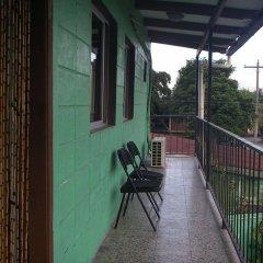 Отель Guesthouse Dos Molinos Гондурас, Сан-Педро-Сула - отзывы, цены и фото номеров - забронировать отель Guesthouse Dos Molinos онлайн балкон