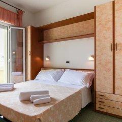 Hotel Sandra Гаттео-а-Маре комната для гостей