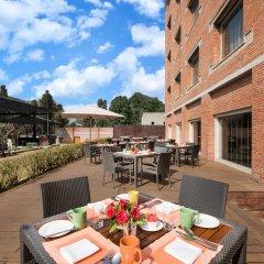 Отель Crowne Plaza Hotel Kathmandu-Soaltee Непал, Катманду - отзывы, цены и фото номеров - забронировать отель Crowne Plaza Hotel Kathmandu-Soaltee онлайн питание фото 3
