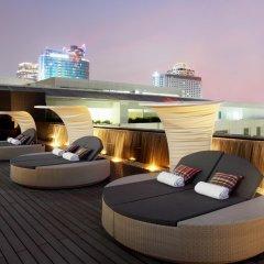 Отель Centara Watergate Pavillion Hotel Bangkok Таиланд, Бангкок - 4 отзыва об отеле, цены и фото номеров - забронировать отель Centara Watergate Pavillion Hotel Bangkok онлайн балкон