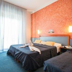 Отель Due Mari Римини комната для гостей фото 4