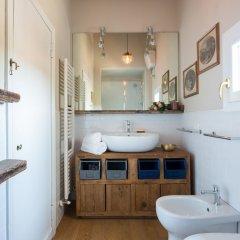 Отель Boboli Bijoux 2Bed Apartment Италия, Флоренция - отзывы, цены и фото номеров - забронировать отель Boboli Bijoux 2Bed Apartment онлайн ванная
