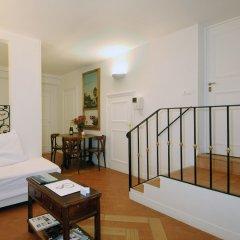 Апартаменты Mithouard Apartment комната для гостей фото 7