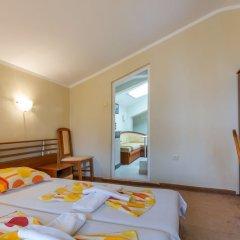 Апартаменты 1 Bedroom Apartment in Dafinka Guest House Равда комната для гостей фото 2
