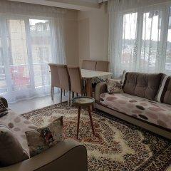 Eyup Sultan Family Apartment Турция, Стамбул - отзывы, цены и фото номеров - забронировать отель Eyup Sultan Family Apartment онлайн комната для гостей фото 3