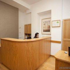 Апартаменты Studios 2 Let Serviced Apartments - Cartwright Gardens интерьер отеля