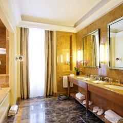 Отель Le Plaza Brussels Бельгия, Брюссель - 1 отзыв об отеле, цены и фото номеров - забронировать отель Le Plaza Brussels онлайн ванная