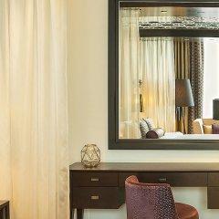 Отель Sheraton Grand Hotel, Dubai ОАЭ, Дубай - 1 отзыв об отеле, цены и фото номеров - забронировать отель Sheraton Grand Hotel, Dubai онлайн удобства в номере фото 2