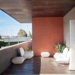 Отель Campanile Barcelona Sud - Cornella Испания, Корнелья-де-Льобрегат - 4 отзыва об отеле, цены и фото номеров - забронировать отель Campanile Barcelona Sud - Cornella онлайн балкон