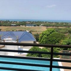 Отель Lashings Boutique Hotel Ямайка, Треже-Бич - отзывы, цены и фото номеров - забронировать отель Lashings Boutique Hotel онлайн балкон