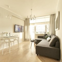 Апартаменты Hello Warsaw Brand New Apartment Варшава комната для гостей фото 4