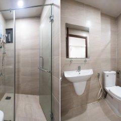 Апартаменты OYO 103 Airport Family Apartment Хошимин ванная