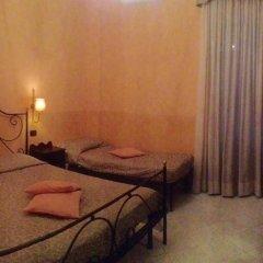 Отель Degli Amici Италия, Помпеи - отзывы, цены и фото номеров - забронировать отель Degli Amici онлайн комната для гостей фото 4