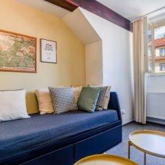 Апартаменты Apartment Charles Bridge комната для гостей фото 5