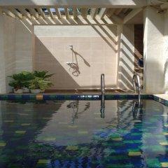 Hibiscus Beach Hotel & Villas бассейн