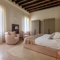 Отель Ca' Moro - Salina Венеция сейф в номере