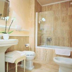 Отель Granduomo Charming Accomodation Флоренция ванная