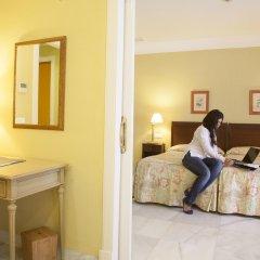 Отель Villa Jerez Испания, Херес-де-ла-Фронтера - отзывы, цены и фото номеров - забронировать отель Villa Jerez онлайн удобства в номере фото 2