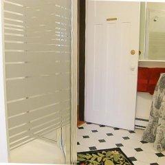 Отель Fisher House Victoria Bed and Breakfast Канада, Виктория - отзывы, цены и фото номеров - забронировать отель Fisher House Victoria Bed and Breakfast онлайн удобства в номере