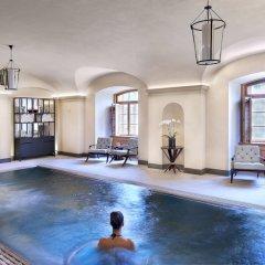 Four Seasons Hotel Prague бассейн фото 2