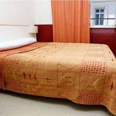 Hotel Du Pont Neuf Париж комната для гостей фото 2