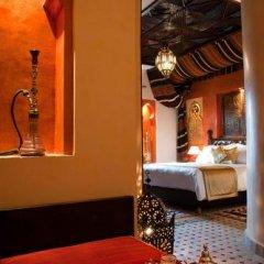 Отель Le Temple Des Arts Марокко, Уарзазат - отзывы, цены и фото номеров - забронировать отель Le Temple Des Arts онлайн гостиничный бар