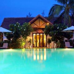 Отель Boutique Hoi An Resort бассейн