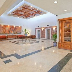 Отель Holiday Inn Resort Acapulco интерьер отеля
