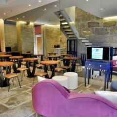 Отель Charm Guest House Douro гостиничный бар