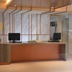 Отель Two Three Mansion Бангкок интерьер отеля