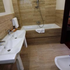 Гостиница Делис Украина, Львов - отзывы, цены и фото номеров - забронировать гостиницу Делис онлайн ванная