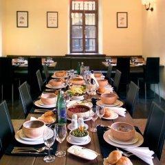 Отель Комплекс Старый Дилижан Армения, Дилижан - отзывы, цены и фото номеров - забронировать отель Комплекс Старый Дилижан онлайн питание