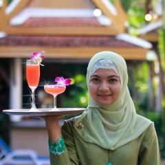 Отель Bangtao Village Resort Таиланд, Пхукет - 1 отзыв об отеле, цены и фото номеров - забронировать отель Bangtao Village Resort онлайн фитнесс-зал